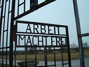 Sachsenhausen_gate2